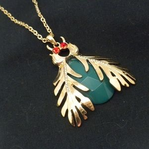Large Green Bumble Bee Necklace